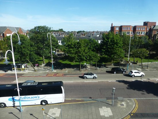 Travelodge Southport Hotel : View from 3rd floor room overlooking Lord Street