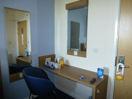 Travelodge Southport Hotel : Family room - view #2