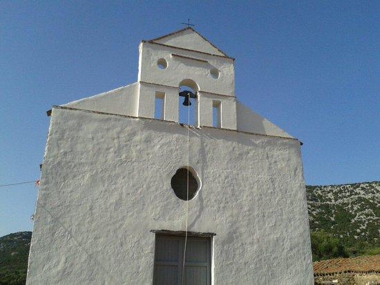 Trenino Supramonte: Chiesa di San Pietro