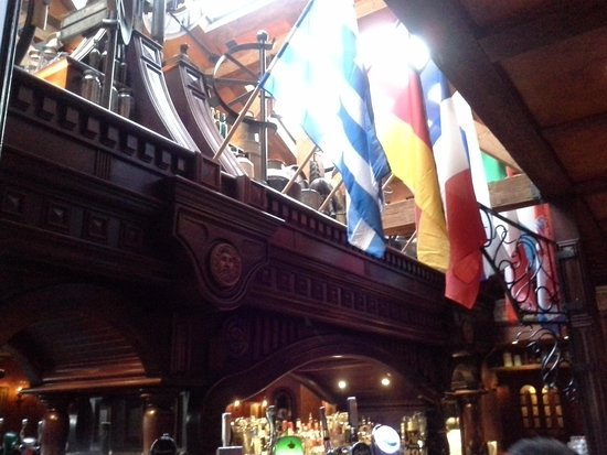 Da Vinci's Hotel Derry: The Must Visit Bar