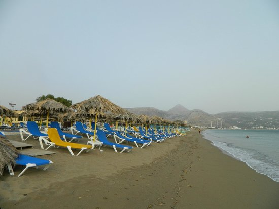 Marilena Hotel : пляж