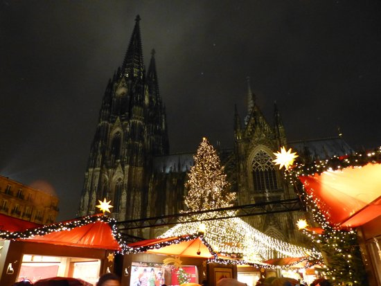 Kölner Dom: X'mas market at Cologne in 2013