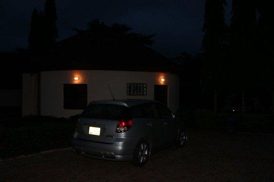 Zenababs Half Moon Resort: Night time beside my chalet