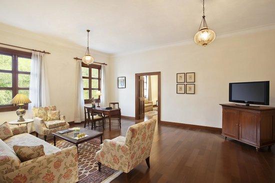 Maidens Hotel: Luxury Suite - Living Room