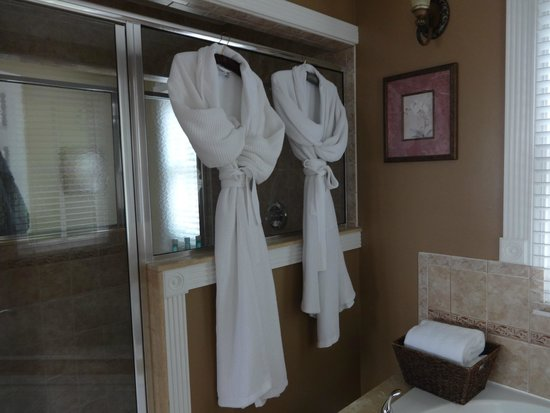 Bayfront Westcott House Bed & Breakfast: Judgmental Robes that Made us laugh every time we looked at them