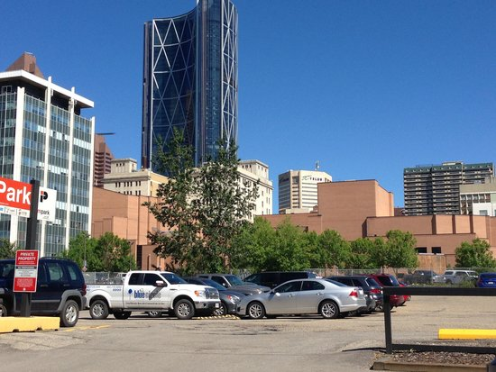 BEST WESTERN PLUS Suites Downtown: I love Calgary