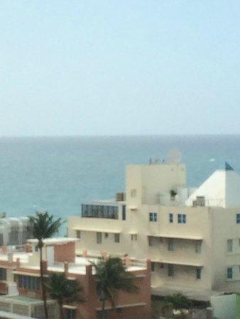 BEST WESTERN PLUS Condado Palm Inn & Suites: one bedroom suite - partial ocean view