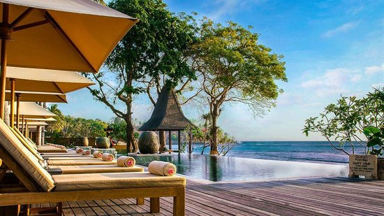 Qunci Villas Hotel: Piscine