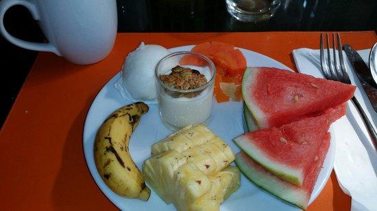 Novotel Phuket Surin Beach Resort.: Le petit déjeuner