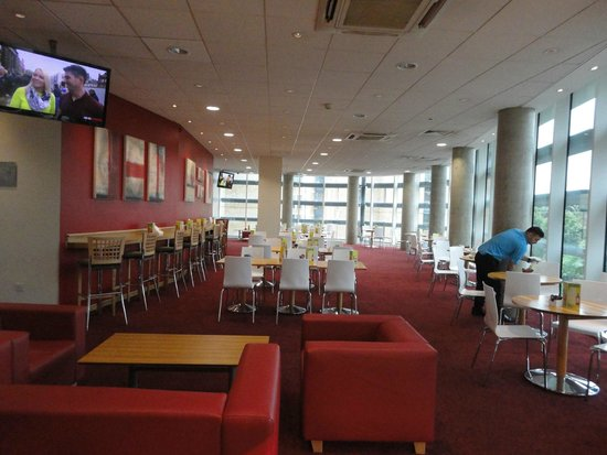 Travelodge Windsor Central Hotel: Dining Hall for meals