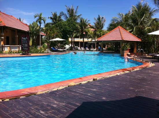 Vinh Hung Riverside Resort: Vinh Hung Riverside Pool