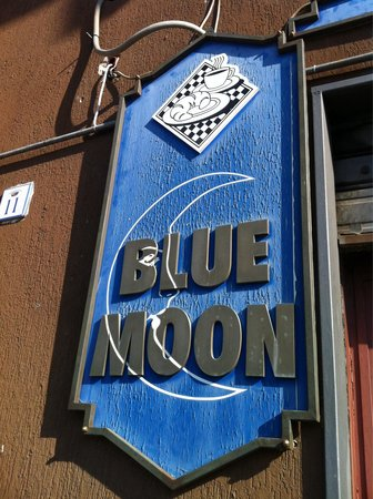 ‪Bar Blue Moon‬