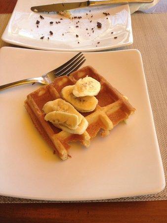 Grand Istana Rama Hotel Bali: decadent breakfast
