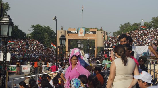 Wagah Border: Crowd!