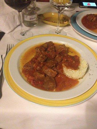 Restaurante S'Engolidor: Stufato di manzo