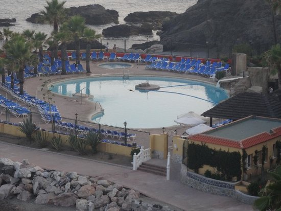 Playabonita Hotel : piscina