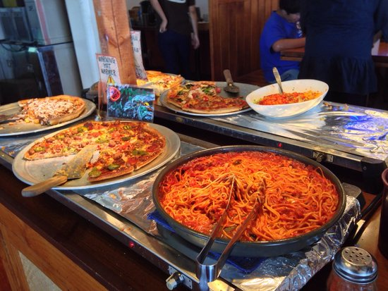 Oceans Pizza: Pasta with pizzas