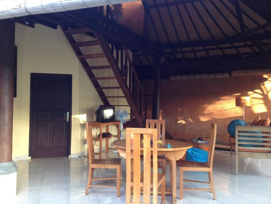 Bali Alizee Villas : Outsider Dining Area