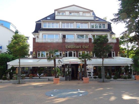 Hotel Holsteiner Hof: Huvudbyggnad med restaurang
