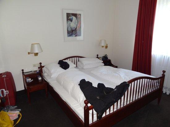 Hotel Holsteiner Hof: Sovrummet