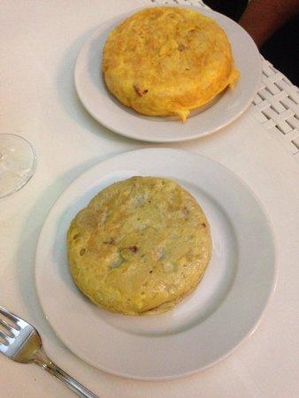 La Tortillita: Del Bosque (12cm) et chorizo (14cm)