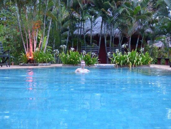 Relax Bay Resort : Basen