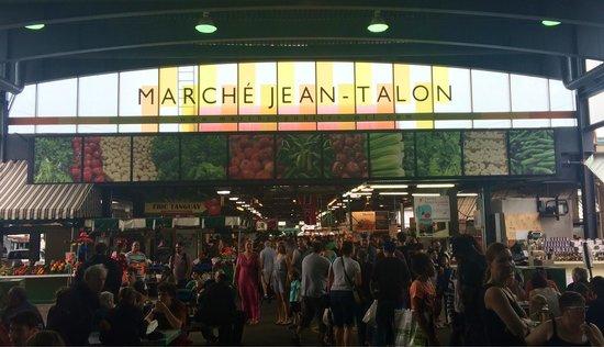 Marché Jean-Talon (Jean-Talon Market) : Dans le cœur du marché