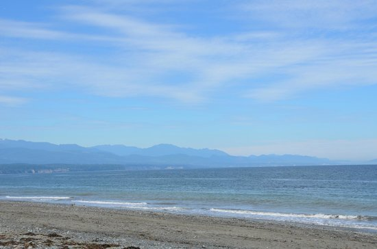Dungeness National Wildlife Refuge: View from the beach
