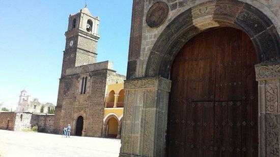 Exconvento de Calpan: Convento franciscano de Calpan. Siglo XVI, Patrimonio mundial, UNESCO.