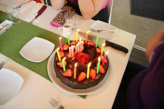 Lime Tree Trinity Beach: Awesome cake baked by Graeme