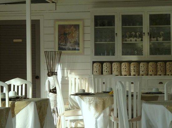 Opoa Beach Hotel: Restaurant