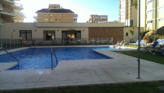 Hotel Mainare Playa Fuengirola: Pool area