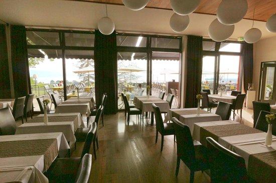 Bodensee-Hotel Sonnenhof: Blick vom Speisesaal auf die Terrasse