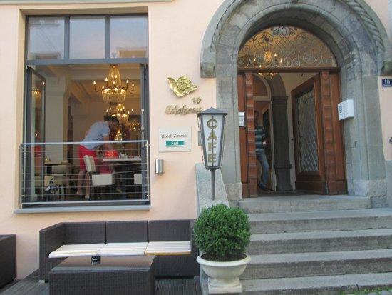Medusa Hotel: Entrada del hotel