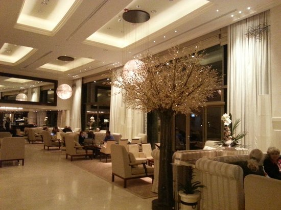 Arion, a Luxury Collection Resort & Spa: Lobby 2