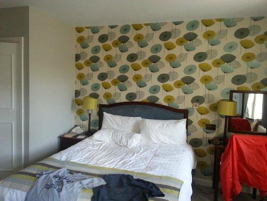 The Bell Inn: Bedroom 1