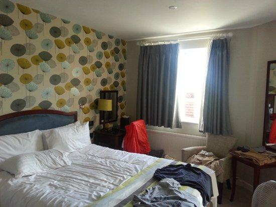 The Bell Inn: Bedroom 2