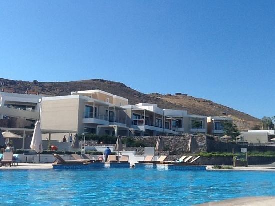 Sensimar Royal Blue Resort & Spa: Pool with Sea water