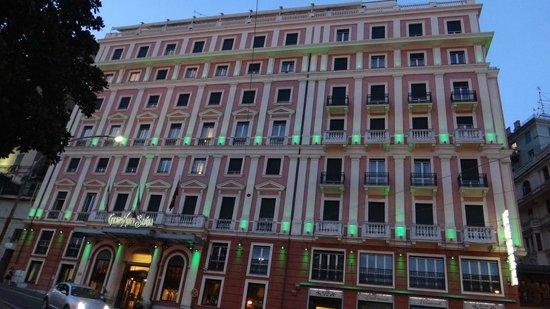 Grand Hotel Savoia: вид отеля