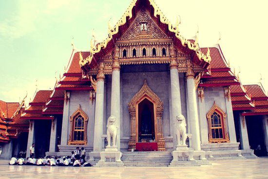 Wat Benchamabophit (The Marble Temple): Мраморный Храм
