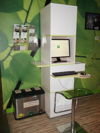 Ibis Styles Troyes Centre : Le coin internet
