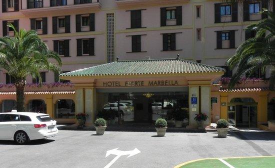 Hotel Fuerte Marbella: Main entrance