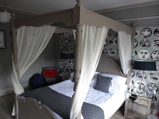 Rum Doodle Bed & Breakfast: Room 6 - Shute