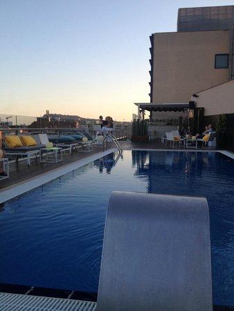 H10 Marina Barcelona Hotel : Pool