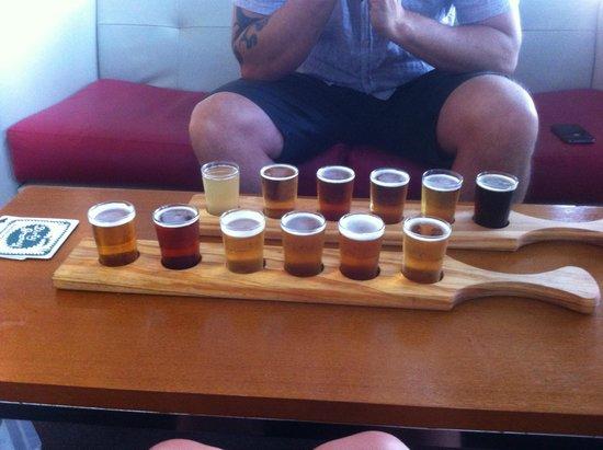 Hunter Valley Resort: tasting beer