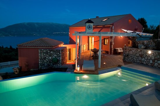 Irida's : Our villa overlooking beautirul Fiscardo bay
