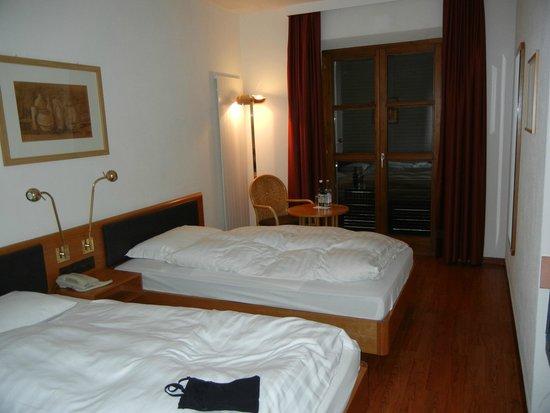 Moevenpick Albergo BenjamInn : Doppelbett Zimmer