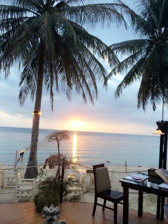La Dolce Vita - Ristorante & Lounge Beach Bar : Sunset at La Dolce Vita