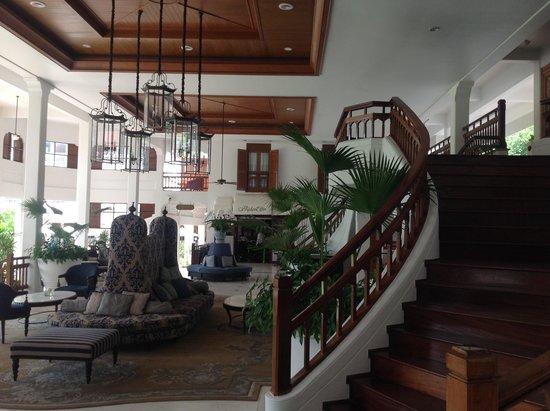 Centara Grand Beach Resort & Villas Hua Hin: hall de l hotel