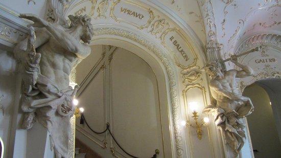 Karlovy Vary City Theatre